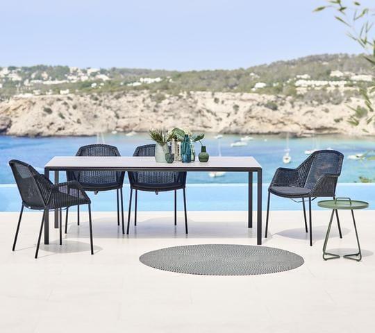 Breeze stabelbar stol