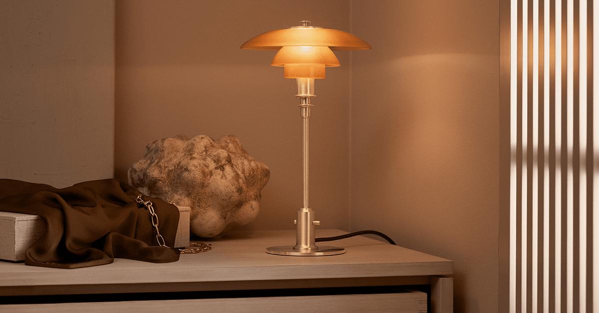 PH 2/1 ravfarvet glas bordlampe