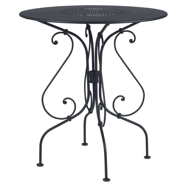 Pedestal Table 1900